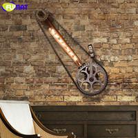 cadenas industriales al por mayor-FUMAT Rueda de bicicleta Lámparas de pared Loft Cadenas de hierro industriales Luz de pared Bar Cafe Vintage Gear Aplique de pared E27 LED Bombillas de luz