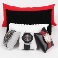 display weißes kunstleder großhandel-Großhandel 10 Stücke Schwarz Velevt / Weiß Vlies / Schwarz Kunstleder / Leinen / Grau Samt Armband Uhr Display-ständer Halter Kissen
