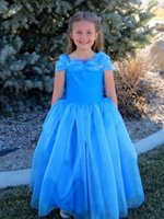 Robes Pageant Cheap Une ligne de longueur de plancher de Blue Fahsion Cinderella Fille Enfants Ruffles Little Princess Flower Girl Robe de cas de mariage