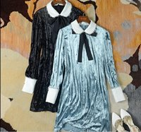 vestidos de terciopelo negro de manga larga al por mayor-2018 Negro / Azul Collar de Peter Pan Manga larga Vestido largo Mujer Marca Mismo estilo Terciopelo Vestidos largos Mujer 110118
