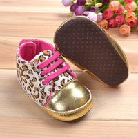 Wholesale Baby Crib Shoe Sizes - Size 1 2 3 Hot Sale Cute Soft Gold Sole Crib Striped Baby girl Shoes Infant Toddler Wing bebes girls First Walkers sapatos