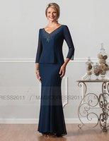 marineblau mütter kleid großhandel-2016 Navy Blue Mermaid Mutter der Braut Kleid 3 / 4Langarm V-Ausschnitt Perlen Lange Formale Abendkleider Ursula Mutter Kleider Günstige