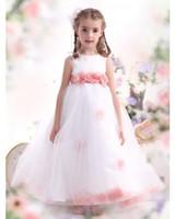 ingrosso incredibili abiti da sposa principessa-Incredibile Cute Princess Flower Girl Dresses per Wedding Event Una linea senza maniche Bow Floor Lunghezza indietro Zipper Abiti da comunione economici