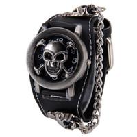 erkek gothic bilezik toptan satış-Cazip Şık Siyah Punk Rock Zinciri Kafatası Saatler Kadın Erkek Bilezik Manşet Gotik Bilek Saatler Moda Sıcak SP14