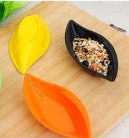 Wholesale Dishes Flatware - Wholesale-Tableware, flatware, Creative kitchen supplies, leaf shape, function, sauce dish, Sushi dishes, mini plate, wholesale~