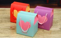 Wholesale Wedding Box Big Size - Free shipping 60pcs Big size 9*7*10.5cm New Heart Candy box Hand bag for wedding favor gifts box