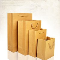 Compra Up Shop-13 * 15 * 8cm regalo Boutique Brown Doypack Pacchetto sacco di carta con la maniglia 5Pcs / Lot caramella dei monili Stand Up carta kraft Shopping Pocket