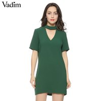 Compra Vestito Nero Dal Manicotto Di Spandex Nero-X201712 donne sexy cut-out v neck dress manica corta mini abiti solido nero verde signore estate casual streetwear vestidos qz2628