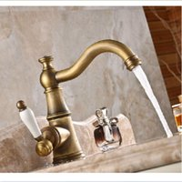 Venda Por Atacado E Varejo Crystal Style Antique Brass Torneira De Banheiro Vanity Sink Mixer Tap Ceramic Handle