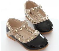 кроссовки размера принцессы оптовых-2018 Детская обувь весна новая мода заклепки бантом девушки Принцесса обувь дети мягкие кроссовки девушки танцевальная обувь размер 21-36