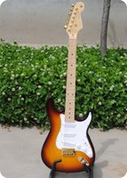 Wholesale Solid Rosewood Electric Guitar - free shipping Personal Tailor gold knob Electric guitar White guard plate Rosewood Fingerboard Can change color customization