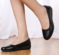 Wholesale comfortable black leather work shoes online - Ultra soft black  leather work flat mother single fa1804c96