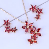 Wholesale Burns Wedding - Burning Red Garnet Flower Cluster 18K Yellow Plated Necklace Pendant Stud Earrings Jewelry Sets for Women Free Gift Bag X0177