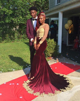 samt mieder großhandel-2K18 Burgundy Samt Prom Dresses Gold Bling Pailletten Spitze African Party Dress Sexy Illusion Mieder Sheer Long Sleeve Abendkleid