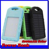 güç bankası bateria externa toptan satış-Yeni 8000 mah Su Geçirmez güneş enerjisi bankası Kanca Ile bateria eksterna iphone Samsung xiaoni huawei HTC için güneş şarj powerbank