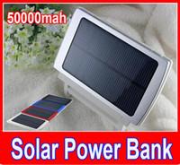 batterie solaire à double charge achat en gros de-Nouveau 50000mah Solaire Chargeur et Batterie 50000 mAh Panneau Solaire Double Ports de Charge banque d'alimentation portable pour Tous Téléphone Portable table PC MP3