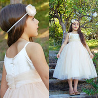 Wholesale Toddler Bling Dresses - Lovely Flowergirl Dresses 2015 with Bling Bling Sequin Top Pretty Princess Puffy Tulle Communion Gowns Toddler Party Dress Ankle Length