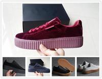 plattform schuhe damen beiläufig großhandel-Frauen Rihanna Riri Fenty Plattform Creeper Samt Pack Burgund Schwarz Grau Farbe Marke Damen Klassische Freizeitschuhe 36-39