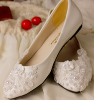 Wholesale Designers Wedding Bridal Shoes - 2015 Designer white handmade lace pearl princess shoes flat cusp head shoes evening party bridal wedding shoes yzs168
