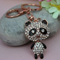 New Design Moda Cartoon Crystal Lovely Panda Car Keychain Mulheres Rhinestone 18K Gold Plated Key Ring Bag Buckle Gift Jóias