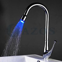 Poignée Kitchen Sink Taps 3 Couleur Waterfall Swivel LED Douche Hose Spout Simple Mélangeurs Mounted chrome poli pont Argent