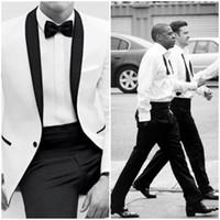 black tie formal wear toptan satış-2014 Klasik Siyah ve Beyaz Bestmen Damat Smokin Resmi Takım Elbise İş Erkek Giyim (Ceket + Pantolon + Kravat + Gömlek) Ücretsiz Kargo Ucuz