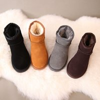Wholesale white rubber shorts - Free shipping 2018 High Quality Women's Classic short Womens boots Boot Snow boots leather Winter boots