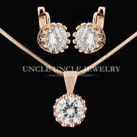 Clássico!!! Rose Gold Color AAA Round Zirconia Setting Crown Design Lady Jewelry Set Colar / Brincos Atacado