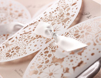 encaje imprimible al por mayor-2015 Personalidad Blanco Invitaciones de Boda Hueco de La Lámina Sellado Uneven Ribbon Wedding Gift Lace Free Printable Cards Wedding Favors