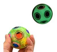 futebol mágico venda por atacado-Novidade Luminosa Rainbow Ball Magic Cube Velocidade Brilho De Futebol Divertido Puzzles Esféricos Crianças Brinquedos Educativos de Aprendizagem Jogos para Adultos de Natal