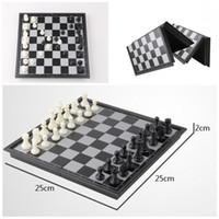 ingrosso scacchi magnetici-elegante regalo per bambini pieghevole scacchi set da 2 in 1 viaggio scacchi magnetici e dama set 9,84
