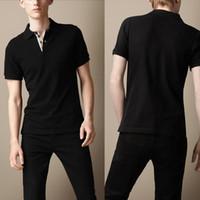 новая одежда в стиле англия оптовых-Мужские рубашки поло значок новый повседневная с коротким рукавом рубашки поло Англия стиль вышивка черный Clothing топы Tee T1807