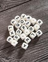 cuentas de 12mm al por mayor-100 UNIDS Beads Alfabeto de Silicona 12mm BPA Grado Alimenticio Letras Masticar Granos para la Dentición Collar DIY Chewelry Bebé Teethers