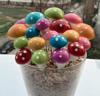 ingrosso miniature del giardino-100 pz / lotto artificiale colorato mini Mushroom fairy garden miniature gnome moss terrario decor mestieri della resina bonsai home decor per DIY Zakka