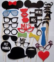 Lip Usa Kaufen -Heißes 31pcs / lot Funny Photo Booth Requisiten mit Lippen Bärte Brille und Sticks Party Hochzeit Dekorationen Prop (20set über Dhl nach USA) H092