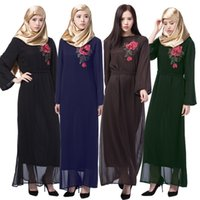 abayas modernos al por mayor-Chiffon negro Abaya con multi color hilo bordado mujeres musulmanas Vestido barato Kaftans moderna ropa modesta Abayas mujeres