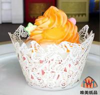 papillon coupe des gâteaux achat en gros de-100pcs Laser Cut Creux Papillon Cupcake Gâteau Coupe Décoration Fournitures Wrappers Doublure Pour la Fête De Mariage Birhtday