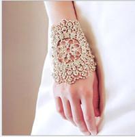 strass armbinden großhandel-Freies Verschiffen-preiswerte elegante Hochzeits-Brauthandschuhe Kristallrhinestone Armbinde-Kettenring-Armband-Armband-herrliche Partei-Armband-Armbinden