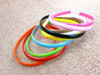 Wholesale-Free shipping 100pcs / lot Plastic Headband Moda Plain Girl Plastic Hair Band Headband com dentes