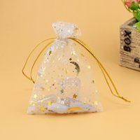 Wholesale Gold Star Organza Gift Bags - Jewelry Gift Bags 7x9cm White with gold star moon Organza Bags Pretty Pouches Pattern Fit For Luxury Wedding