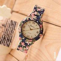 relógio de quartzo flor das senhoras venda por atacado-Luxo New Plastic Flower Impresso Genebra Assista Moda Feminina Ladies Quartz Dress Watch Elegante Popular Mulheres Relógio de Pulso Relogio