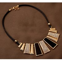 Wholesale Exaggerate Resin Necklace - New 2017Fashion Jewelry Four Color Metal Short Necklace Exaggerated Temperament Collar Necklace