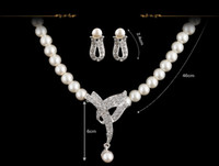 Wholesale Pearl Necklace Designs Clasps - White Simulated Pearl Necklace Set Classic Design Rhinestone Crystal Earrings Wedding Bridal Jewelry Set Party Costume Women Gifts