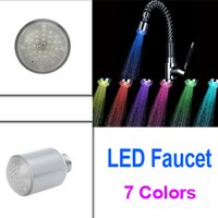 Alta Qualidade 7 cores Multicolor Brilho LED Light Stream Water Kitchen Sink Faucet Tap atacado
