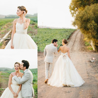 Wholesale Traditional Cheap Wedding Dress - Traditional Ivory Wedding Dresses Sweetheart Cheap A Line Applique Lace Ribbon Romnatic Bridal Gown Vestido De Novia Plus Size