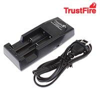 cargadores de bateria al por mayor-Alta calidad Trust fire Cargador de batería Trustfire cargador para 18650 18500 18350 17670 14500,10440 batería