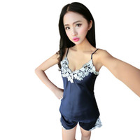 пижамы с подтяжками оптовых-Wholesale- New Women Sexy Embroidery lace Pajamas suit Faux Silk Braces Vest Shorts Pajamas Sleepwear