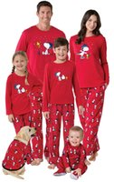Wholesale Family Christmas Outfits - New Red Christmas Snoopy Pajamas set Pyjamas Sleepwear fpr Men women Family Matching Outfits Mother Kids Daddy Homewear European 2017