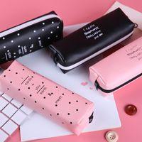 stylo kawaii rose achat en gros de-Trousse à crayons rose mignonne pour les filles Kawaii noir et blanc Dot Sac en cuir Pu Sac à stylo Papeterie Pochette Fournitures de bureau Zakka escolar
