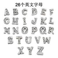 letras de medallón de cristal al por mayor-Nueva moda A-Z letras DIY collar accesorios Cristal aleación Carta Flotante Encanto para Glass Living Memory Locket